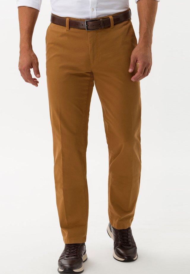 STYLE JIM-S - Pantalon classique - curry