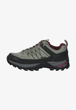 Hiking shoes - sage moss