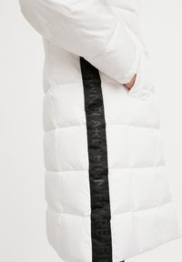Finn Flare - Down coat - white - 4