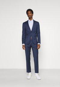 Tommy Hilfiger Tailored - FLEX SLIM FIT SUIT - Completo - blue - 0