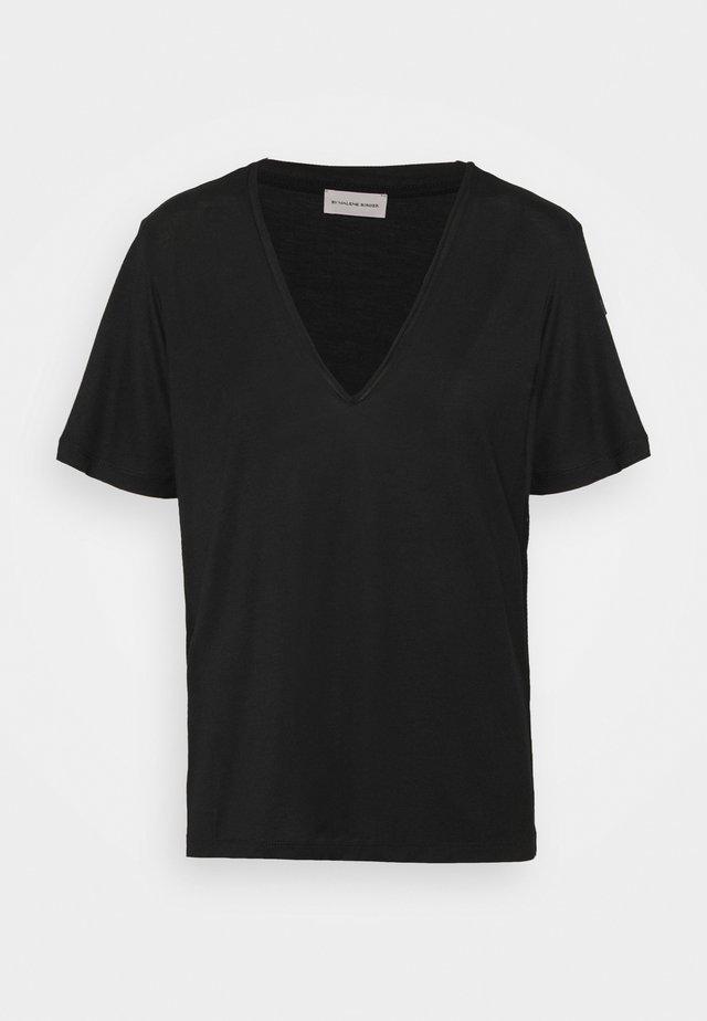 ANEILIA - Jednoduché triko - black