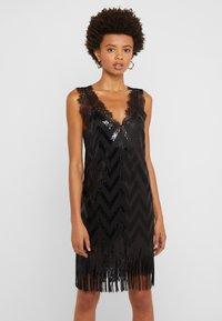 TWINSET - Vestito elegante - nero - 0