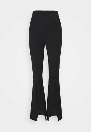 REAL DEAL SLIT PANT - Nohavice - black