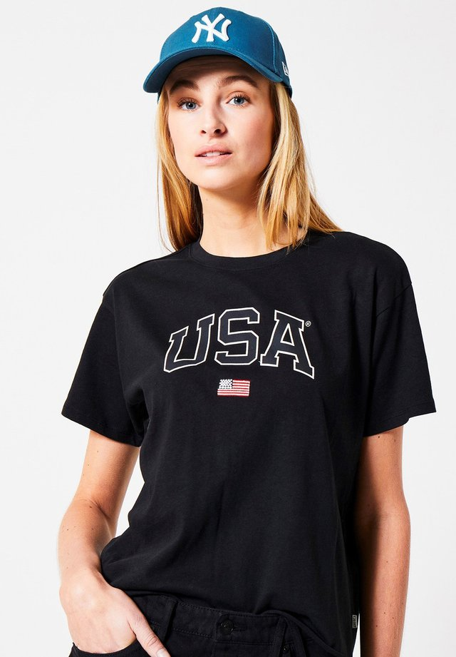 USA - T-shirt print - black
