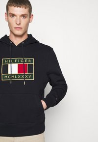 Tommy Hilfiger - ICON BADGE HOODY - Sweat à capuche - blue - 3