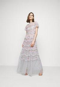 Needle & Thread - ELSIE RIBBON GOWN - Společenské šaty - crystal blue - 1