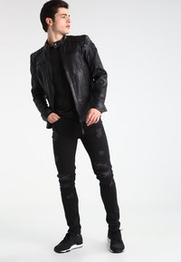 Tigha - MORTEN  - Jeans Slim Fit - vintage black - 1