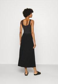 CLOSED - AGDA - Maxi skirt - black - 2