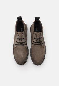 Marc O'Polo - Volnočasové šněrovací boty - taupe - 3