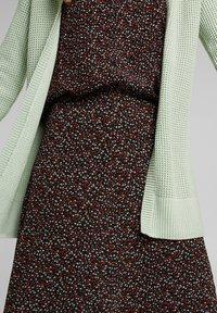 edc by Esprit - Cardigan - dusty green - 4