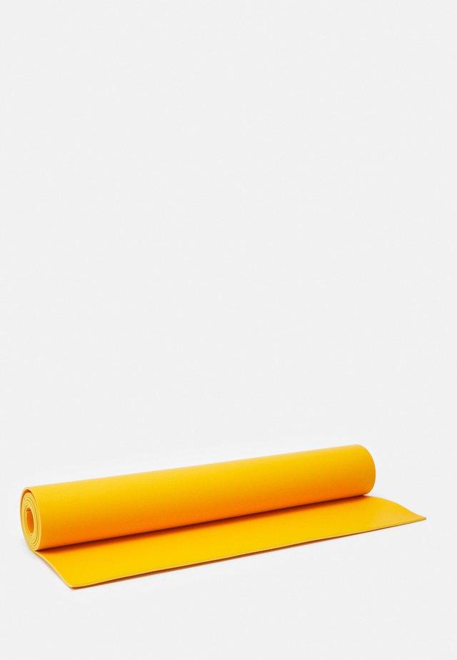 B MAT EVERYDAY - Fitness / Yoga - saffron
