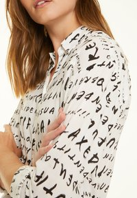 comma casual identity - Button-down blouse - grey graffity aop - 2