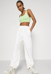 NA-KD - NA-KD X ZALANDO EXCLUSIVE CROPPED - Top - fresh green - 3