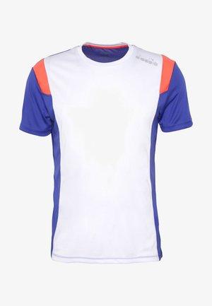RUN - Camiseta estampada - optical white