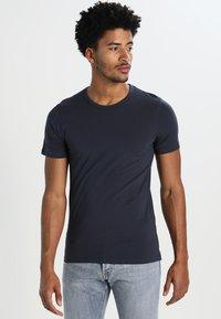 Jack & Jones - NOOS - Basic T-shirt - navy blue - 0