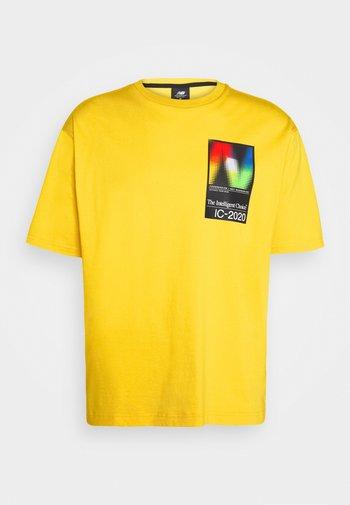 T-shirt imprimé - atomic yellow