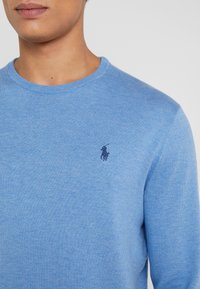 Polo Ralph Lauren - LONG SLEEVE - Pullover - soft royal heather - 5