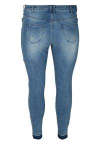 Zizzi - Slim fit jeans - blue - 5
