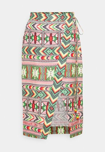 AMULET WRAP SKIRT