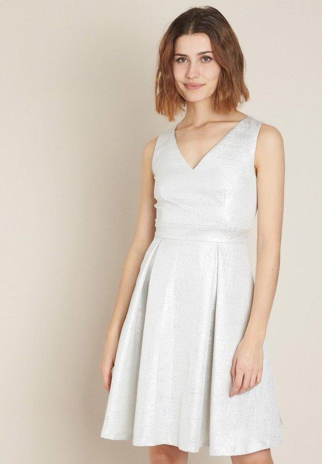 Cocktail dress / Party dress - blanc