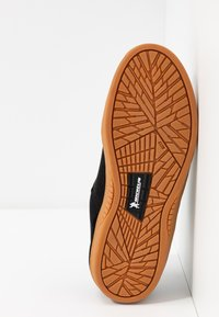 Etnies - MARANA - Sneakersy niskie - black/white - 4