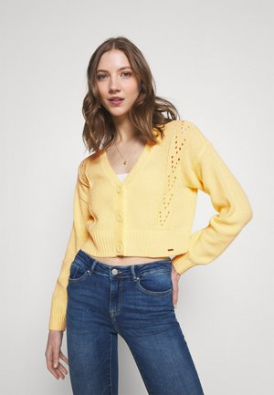 EASY POINTELLE CROP CARDI  - Cardigan - yellow