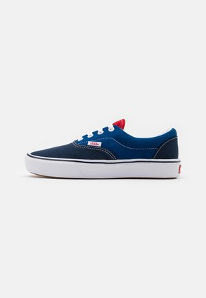 COMFYCUSH ERA UNISEX - Trainers - blue/red