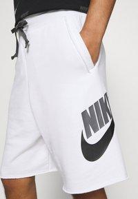 Nike Sportswear - ALUMNI - Träningsbyxor - white/iron grey/black - 3