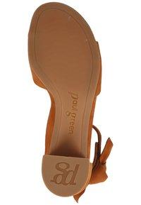 Paul Green - PAUL GREEN PUMPS - Sandals - caramel 56 - 2
