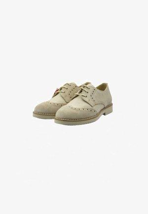 YOWAS CEREMONIA - Zapatos de vestir - beige