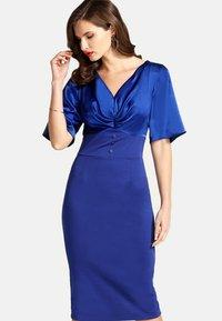 HotSquash - EMMA - Pouzdrové šaty - blue - 0