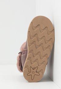 Friboo - Korte laarzen - mauve - 5