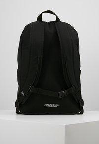 adidas Originals - CLASSIC  - Reppu - black - 2