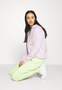 Nike Sportswear - HOODIE - Sweatshirt - iced lilac/white - 3