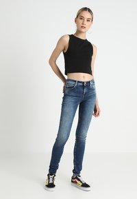 ONLY - ONLSHAPE - Jeans Skinny Fit - dark blue denim - 1