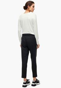 s.Oliver BLACK LABEL - Long sleeved top - soft white - 5
