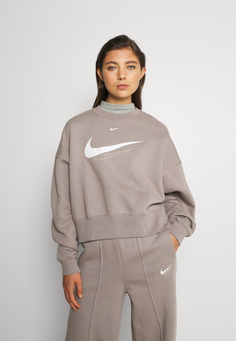 Nike Sportswear - TREND CREW - Bluza - moon fossil