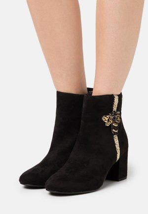 CIVANA - Ankle boots - noir