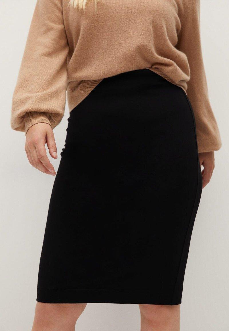 Violeta by Mango - AUS PONTE-DI-ROMA - Pencil skirt - schwarz