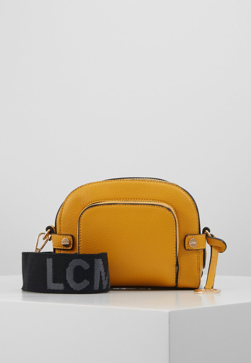 L. CREDI - FARHILDE - Across body bag - yellow
