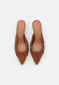 Who What Wear - JOY - Heeled mules - bombay brown - 5