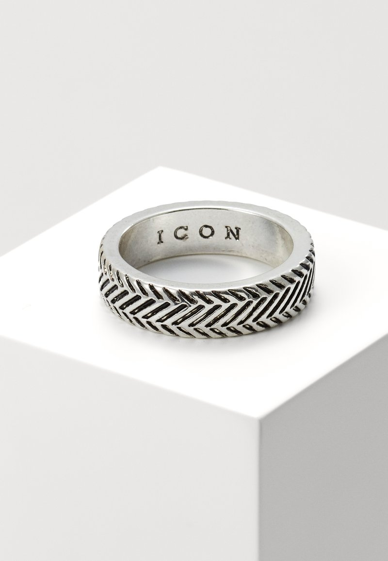 Icon Brand - HERRING BONE BAND RING - Ring - silver-coloured