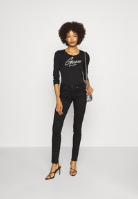 Guess - CAMILLA  - Long sleeved top - jet black - 1