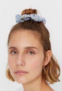 Stradivarius - 3er set - Hair styling accessory - pink - 1