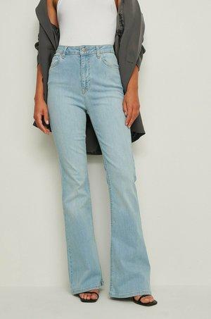 Organisch - Bootcut jeans - light blue