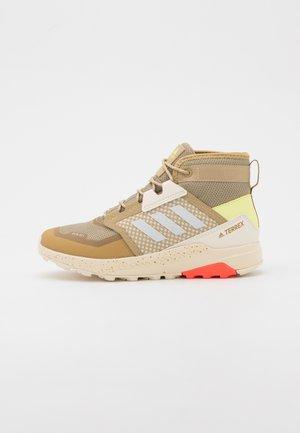 TERREX TRAILMAKER - Hiking shoes - beige tone/crystal white/white