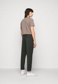 Filippa K - TERRY CROPPED PANTS - Trousers - dark spruc - 2