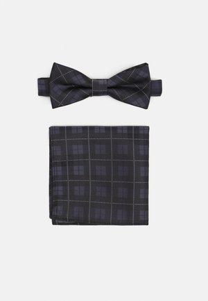 ONSTHOMAS PATTERN BOWTIE SET - Kapesník do obleku - black