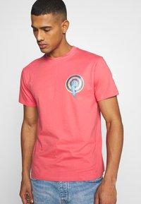 Santa Cruz - SANTA CRUZ ROSKOPP DOT UNISEX - Print T-shirt - washed red - 3