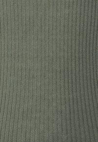 Tiger of Sweden - ORVI - Basic T-shirt - evergreen - 2